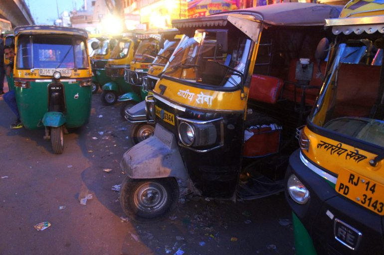 tuk tuks in India night